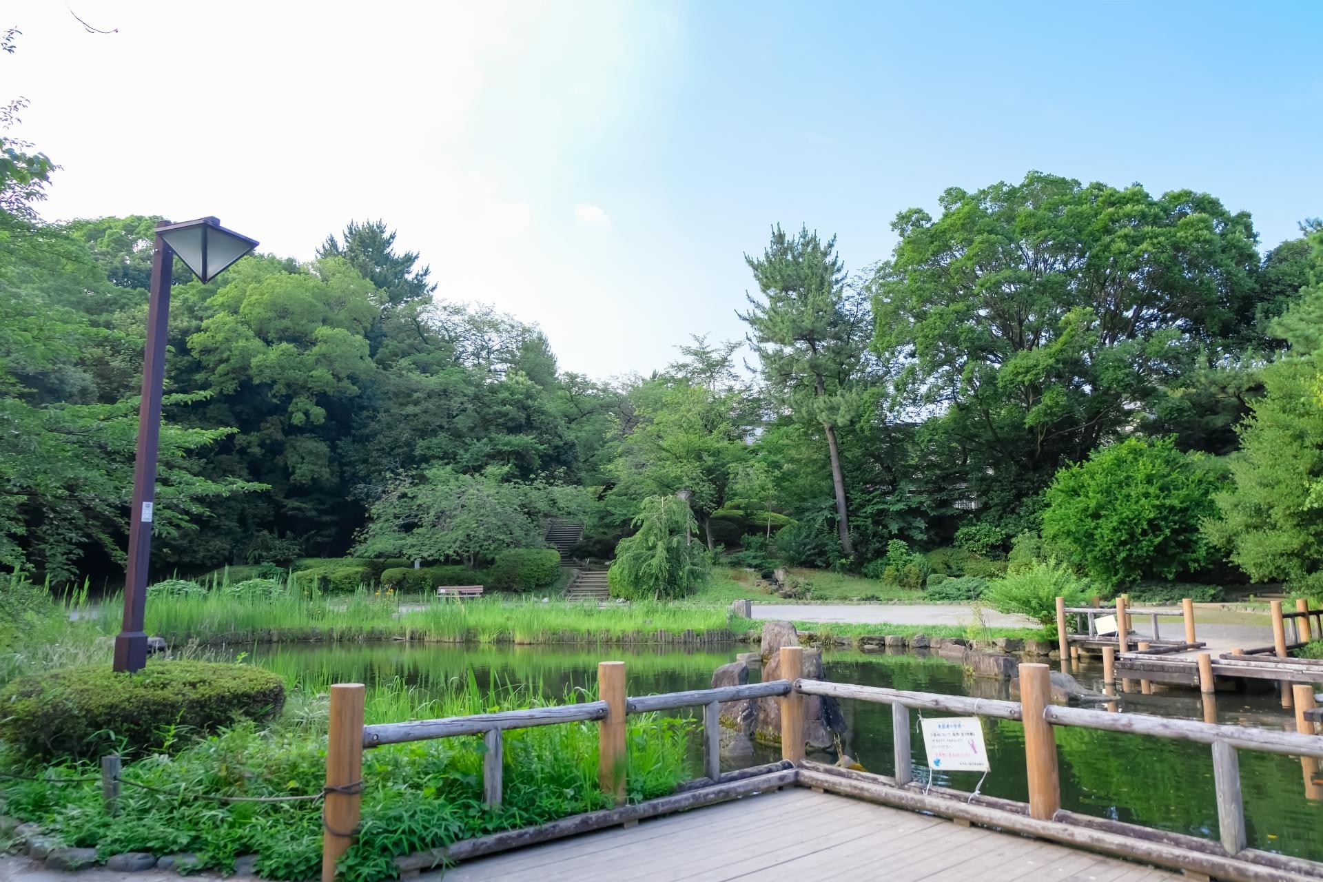 中野区立哲学堂公園
